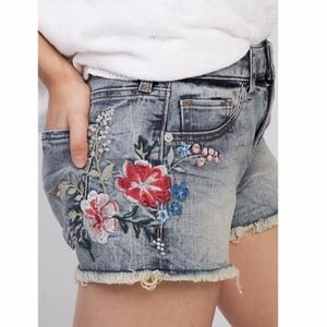 Express Floral Jean shorts